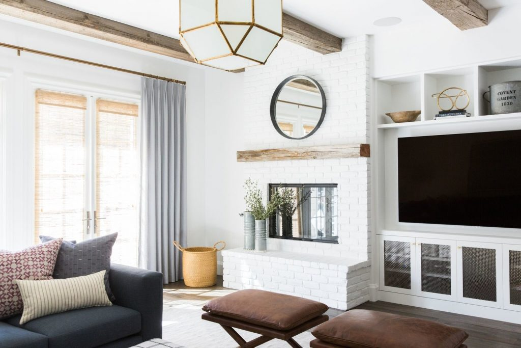 Design Dilemmas How To Design A Great Room Fireplace Wall With Built Ins And Television Interior Designer Des Moines Jillian Lare
