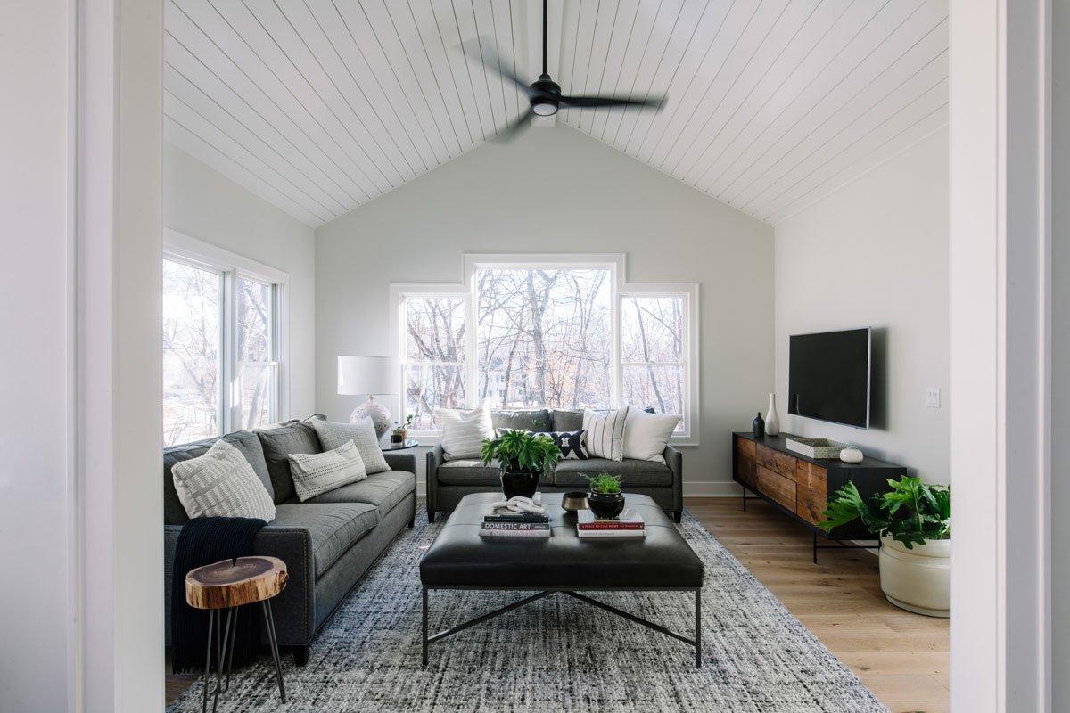 Jillian-Lare-Des-Moines-Interior-Design-Sun-Room-01