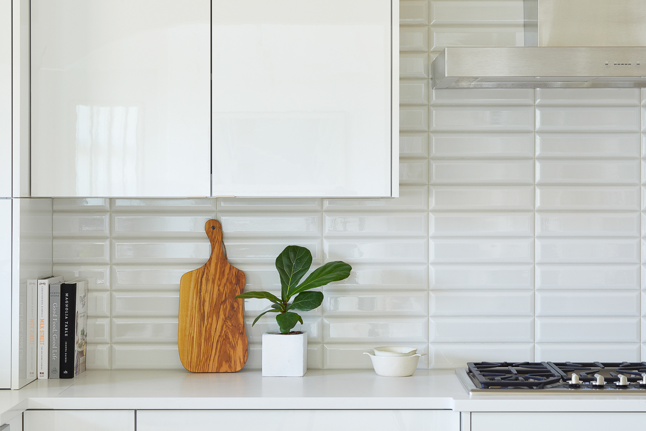 White and Gray Modern Kitchen, Beveled gray subway tile backsplash, Jeffrey Court subway tile