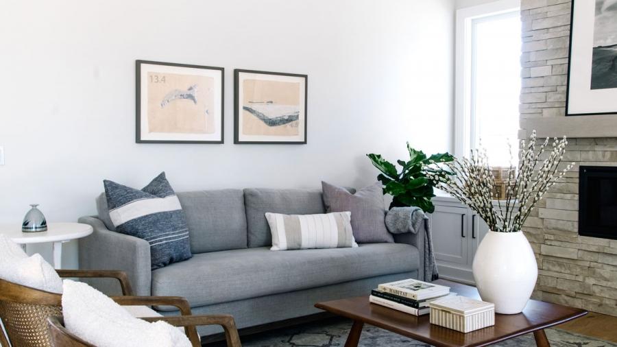 Benjamin Moore Classic Gray Walls White Dove Trim