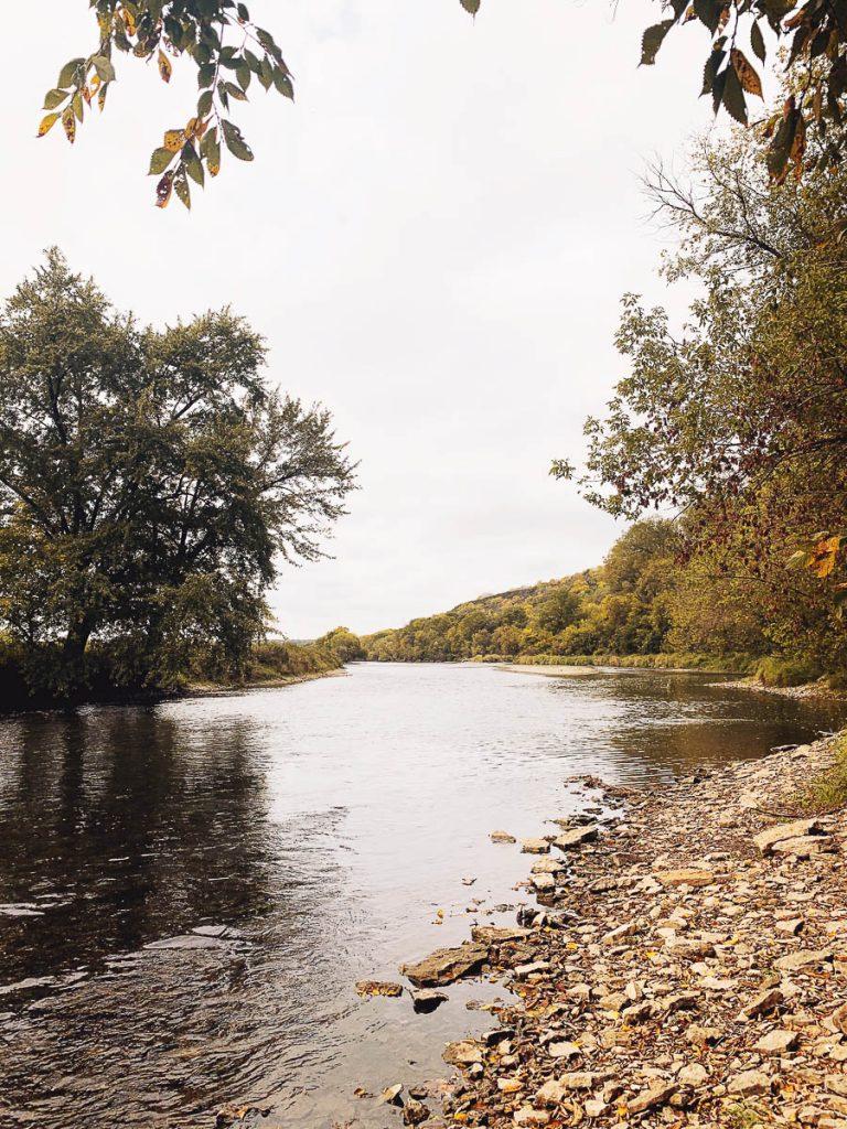 River Trail Upper Iowa River Decorah Iowa Weekend Getaway